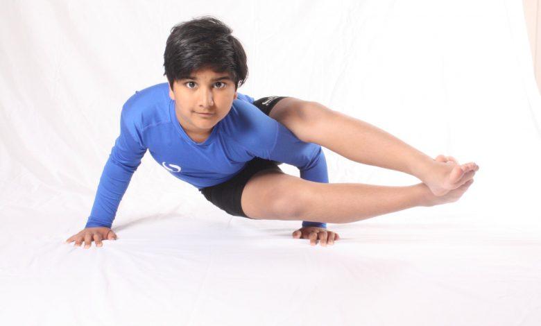 Photo of Yoga Prodigy Awarded Points of Light Award by PM Boris Johnson